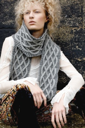 r-m58-2-windy-scarf-3_lbb