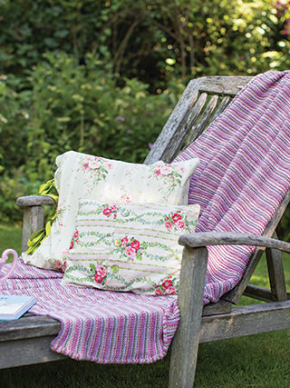 Garter-Stitch-Blanket-Lifestyle-L